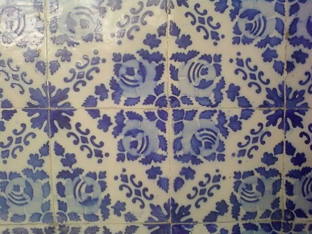 Azulejos Baño Limpiar:Los azulejos suelen ser susceptibles a diferentes tipos de manchas